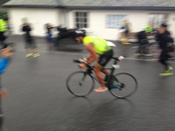 Så snabb ut på cykeln så bilden blev suddig! Svooosch!