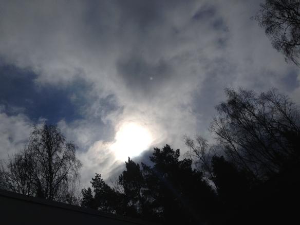 Solen ville så gärna kika fram bakom molnen.