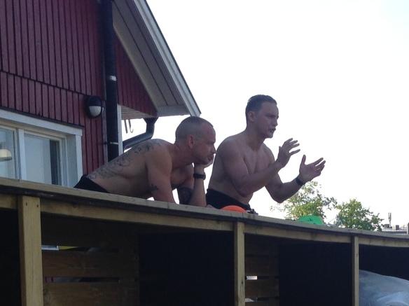 En snackar och en lyssnar. Petter och Jojje!  Team Addnature