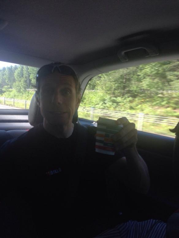 Rickard Kingen i bilen på väg till Uppsala!
