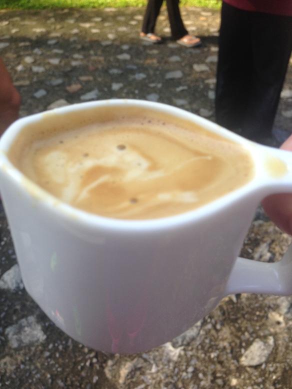Och i backen bjöds vi på kaffe av en otrolig söt tant!