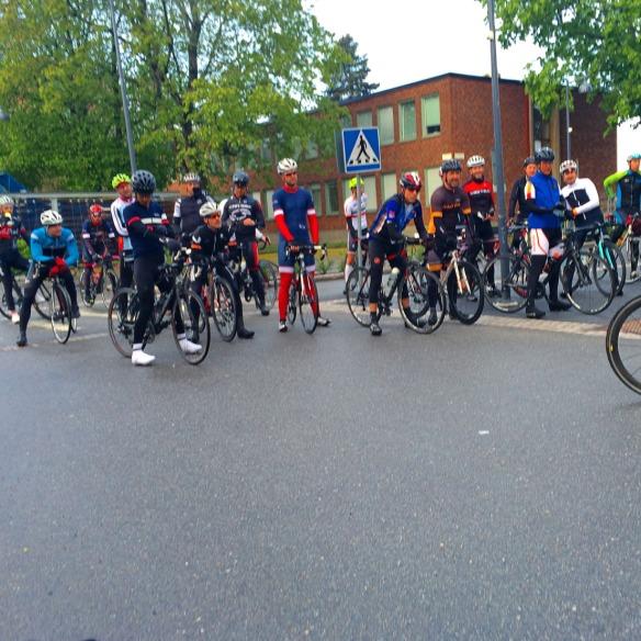 Var uppe sjukt tidigt ( kl 6 ) och cyklade bra träningspass med Le Peloton